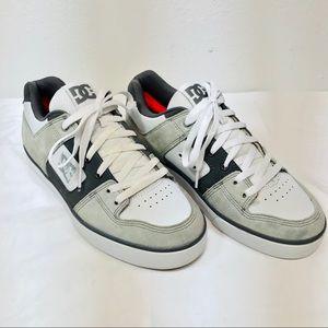 DC Pure Skateboarding Shoes - Men's Size 11.5